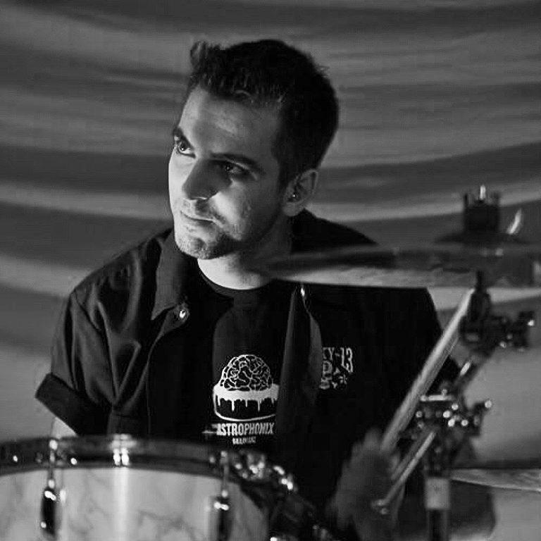 Marco Di Lupo- insegnate di batteria a Cascina