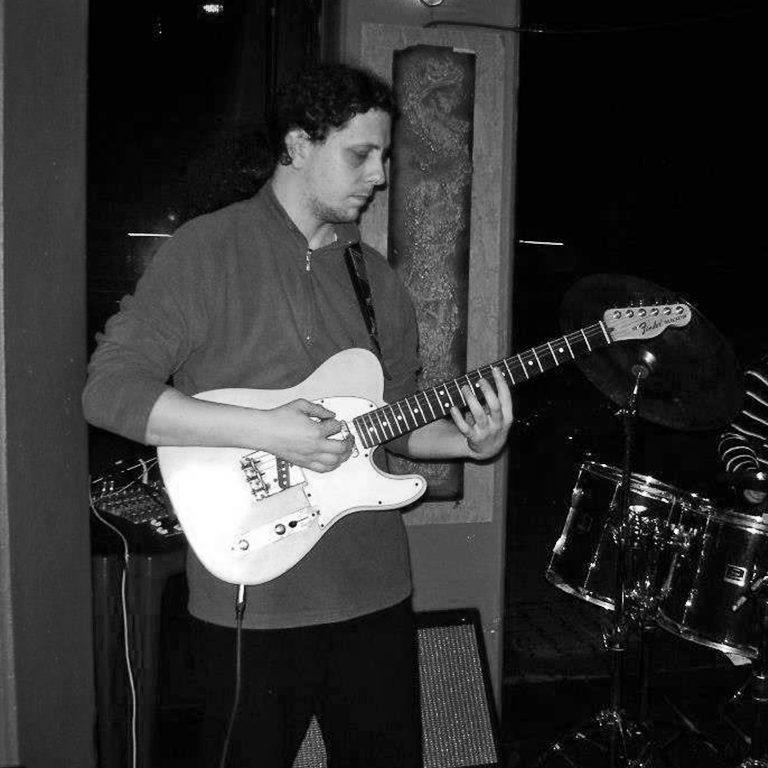 Daniele Barsacchi - insegnate di batteria